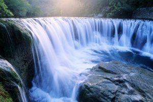 Natural-Waterfall-Wallpaper